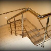 перила и поручни для лестниц от perila-centr.ru